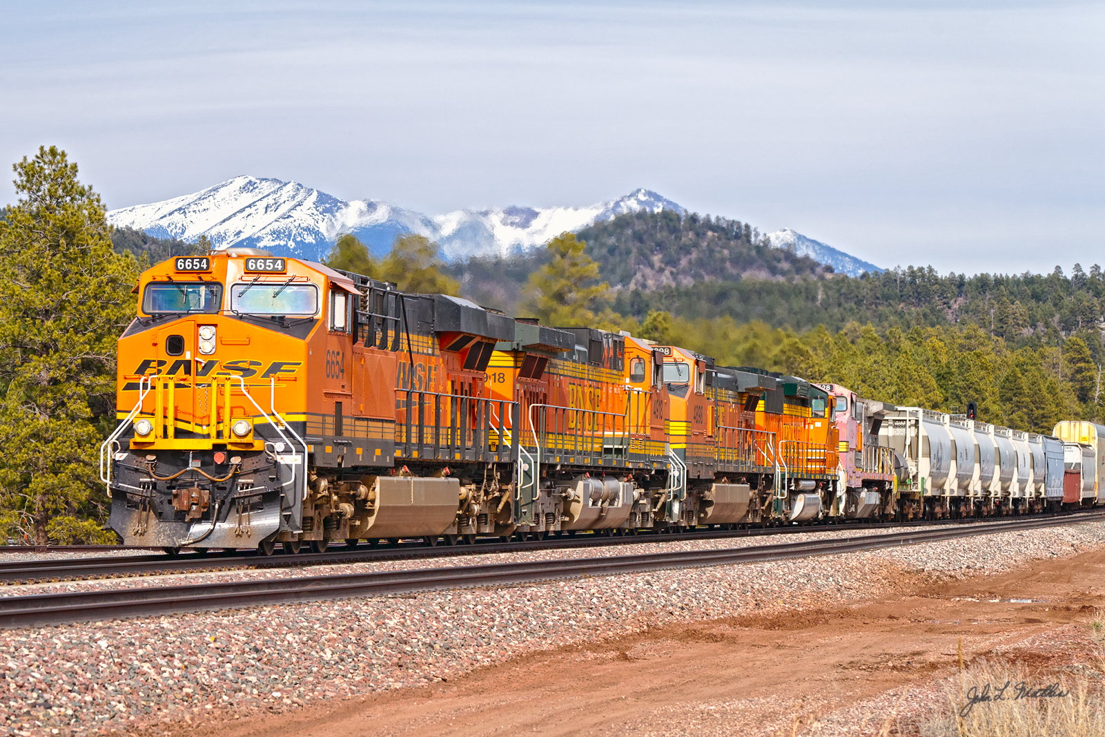 BNSF 6654 passes Maine AZ on March 24, 2012.