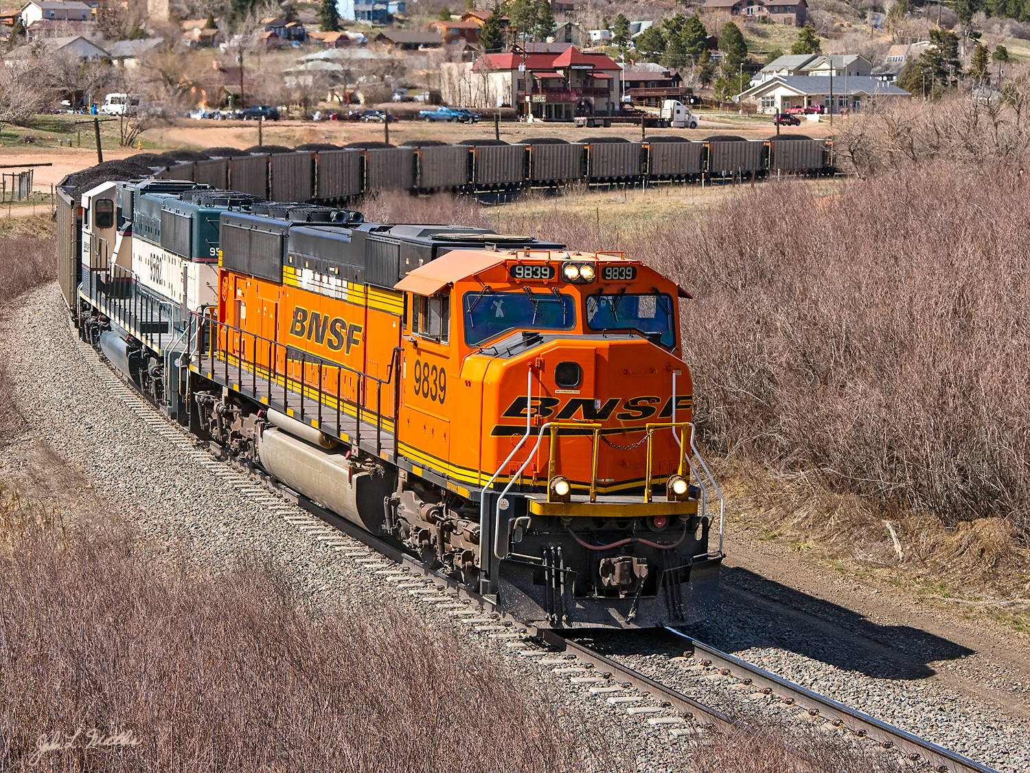 BNSF 9839 rounds Palmer Lake, CO on April 27 2013.